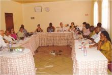 Uma secção transversal da equipa do projecto da SEEA-WA na reunião de coordenação
