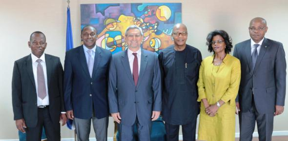 From L - R: Mr. Mahama Kappiah, Executive Director of ECREEE, Dr. Kandeh Yumkella, Special Representatives of the Secretary General of the United Nations for SE4ALL, H.E. Dr. Jorge Carlos de Almeida Fonseca, Dr. Mohamed Ibn Chambas, Special Representative of the Secretary General of the United Nations for West Africa, Ms. Maria de Jesus Mascarenhas, State Secretary of the Foreign Affairs, Mr. Remi Nono Womdim, FAO Representative to Cabo Verde